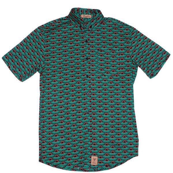 Camisa verde con flores, La Mari