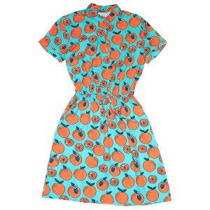 Vestido azul con naranjas, New hall