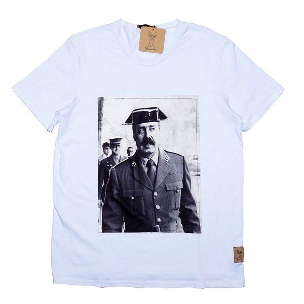 camiseta-quieto-todo-el-mundo-chico-franelas